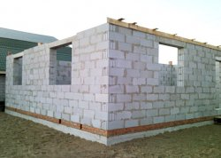 Преимущества строительства домов из твинблоков